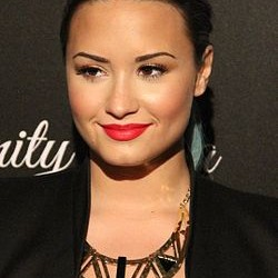 Demi Lovato similar artists similar-artist.info